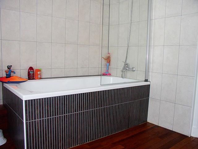 carrelage salle de bains et douches l 39 italienne carrelage mural et baln o spa. Black Bedroom Furniture Sets. Home Design Ideas