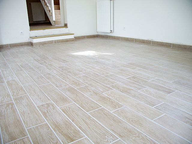 Carrelage imitation parquet blanc for Carrelage sol cuisine imitation parquet